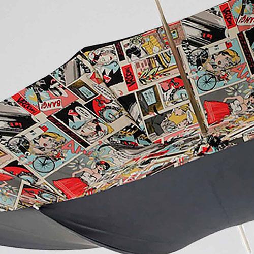 Черный зонт-трость Pasotti с принтом-комиксами внутри, фото