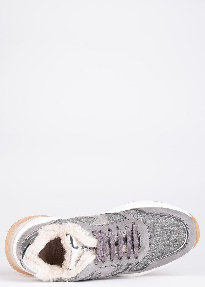 Зимние кроссовки Voile Blanche серебристого цвета