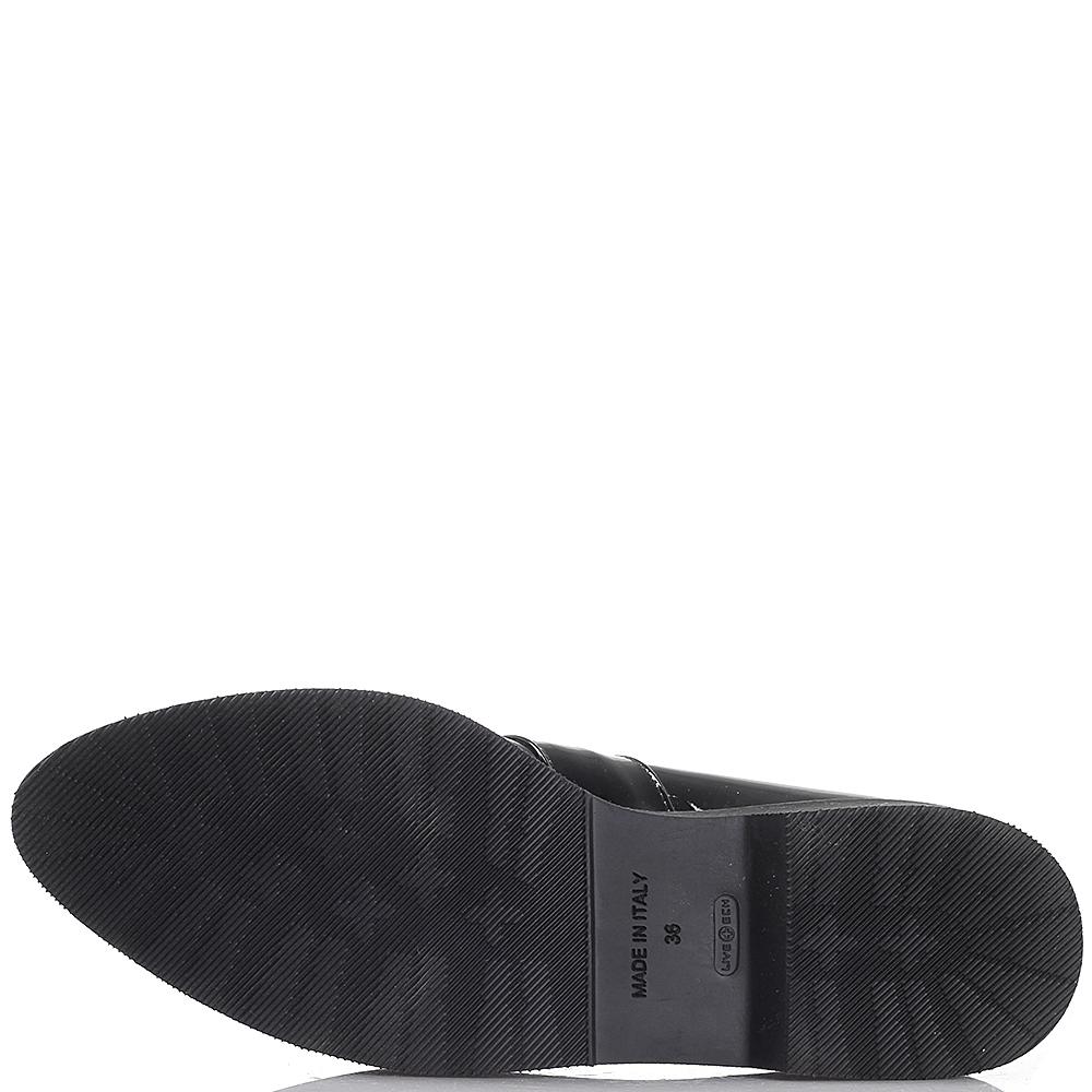 Туфли черного цвета Kanna на платформе