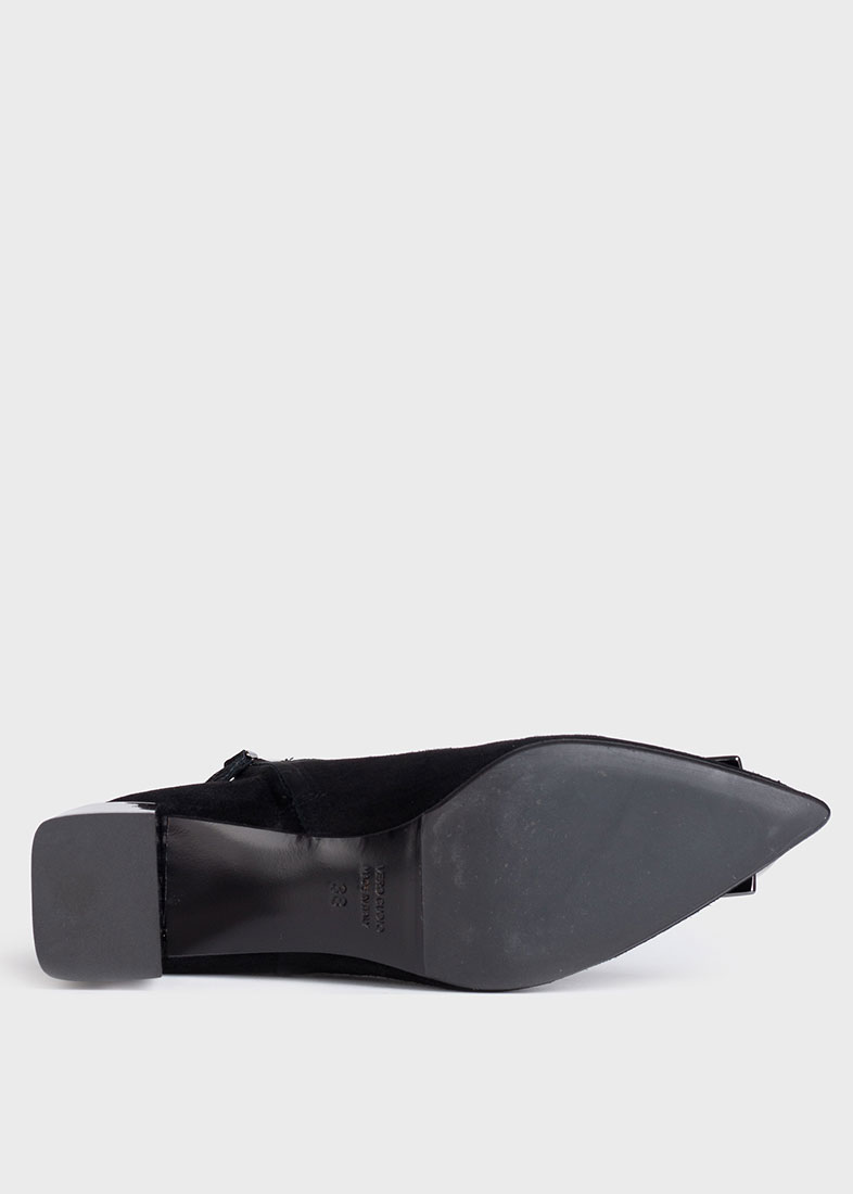 Черные ботильоны Chantal с логотипом на носке