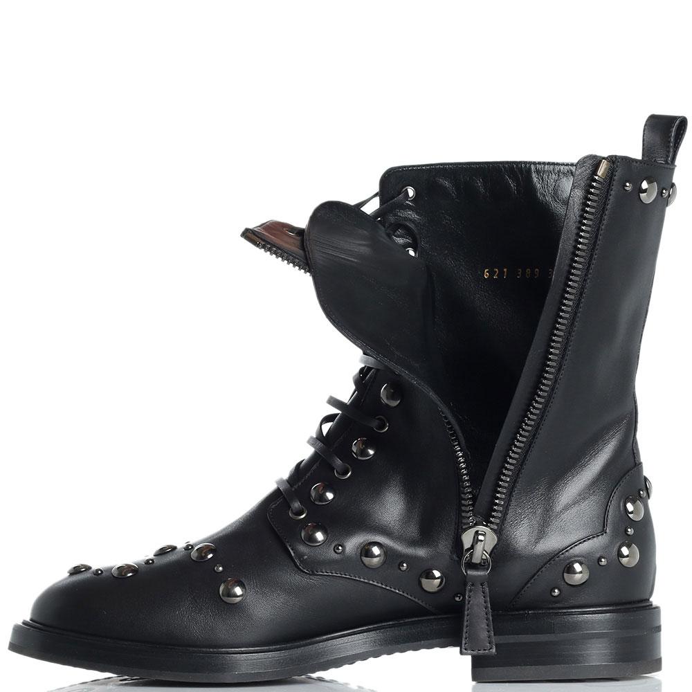 Женские ботинки Casadei с декором-заклепками