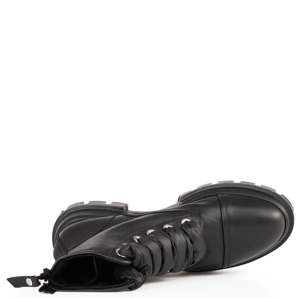 Черные ботинки AGL на шнуровке