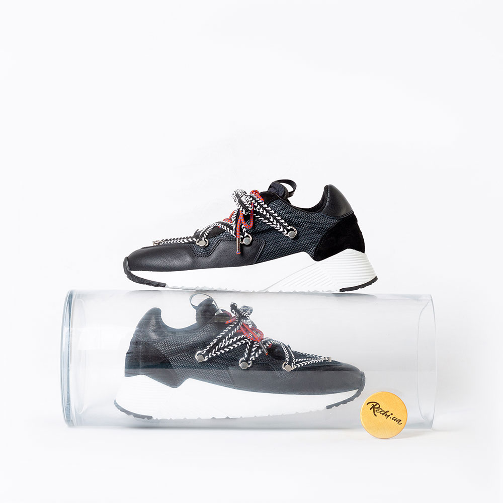 Черные кроссовки Greymer My Grey с белой подошвой