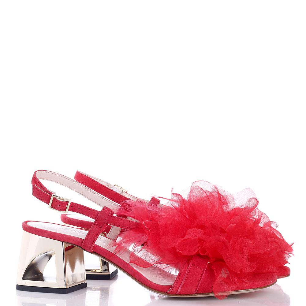 Красные босоножки Tosca Blu на золотистом каблуке
