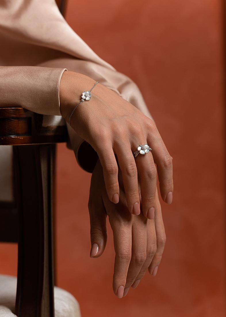 Золотой браслет Mauboussin с бриллиантами