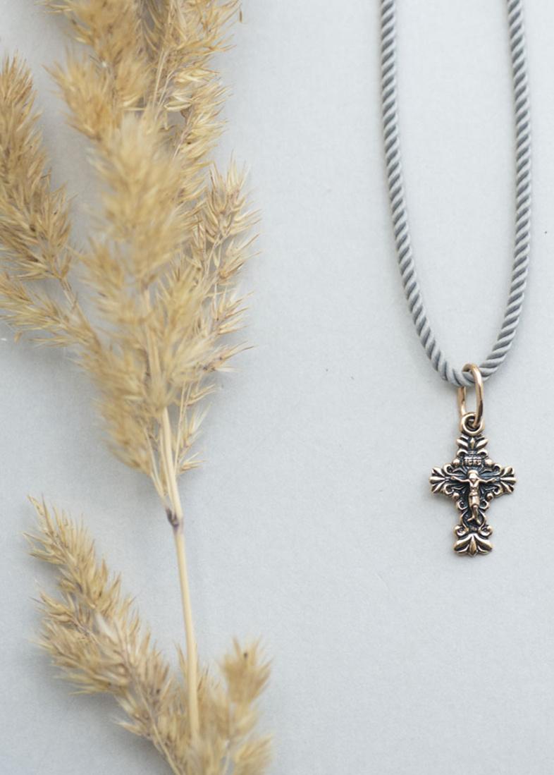 Золотой крестик с чернением