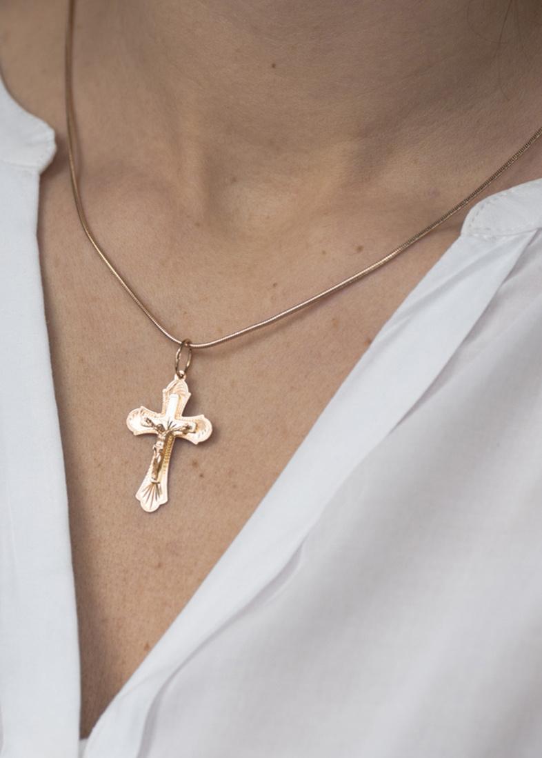 Православный крестик из красного золота