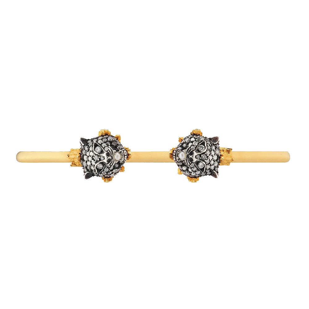 Золотой браслет-кафф Gucci Le Marche des Merveilles с серебряными кошачьими головами