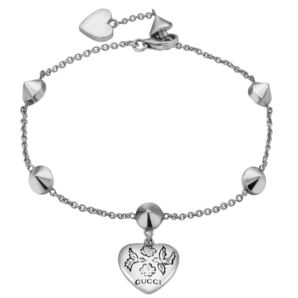 Серебряный браслет Gucci Blind for Love с подвеской в виде сердца и камнями