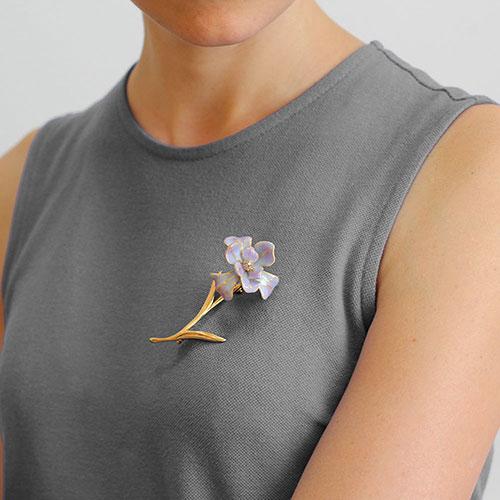 Брошь-цветок Misis Gemina с цирконами, фото