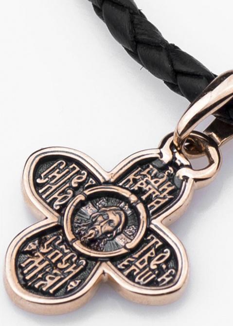 Симметричный крестик из золота, фото