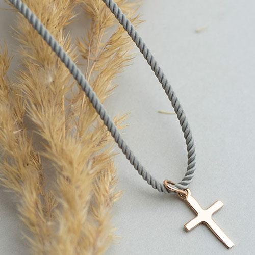 Крестик-подвеска из золота, фото