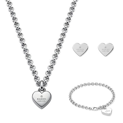 Браслет-цепочка Gucci Trademark с подвеской-сердцем с фирменной гравировкой, фото