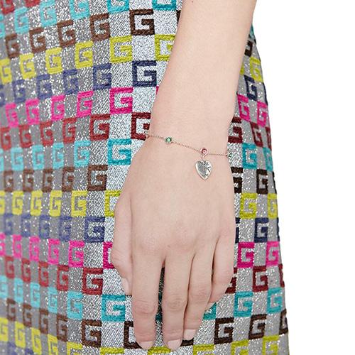Серебряный браслет Gucci Blind for Love с подвеской в виде сердца и камнями, фото