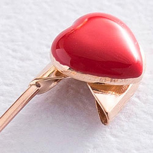 Золотая булавка Сердечко с эмалью, фото