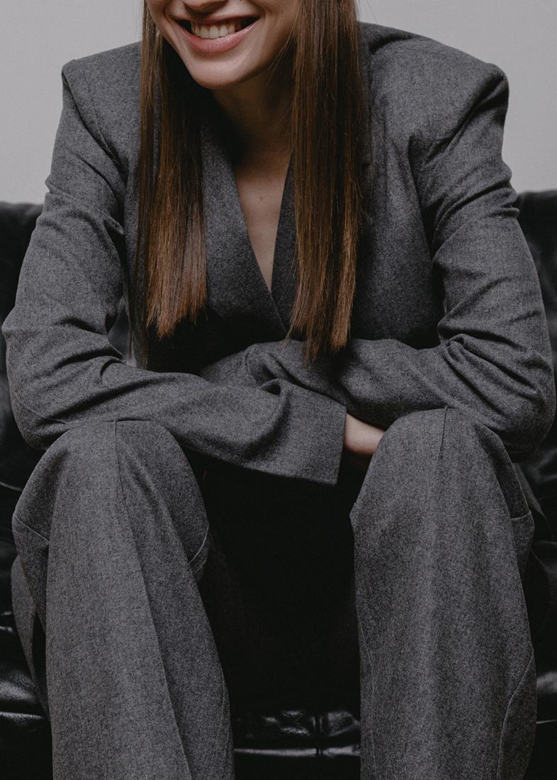 Удлиненный пиджак Shako серого цвета
