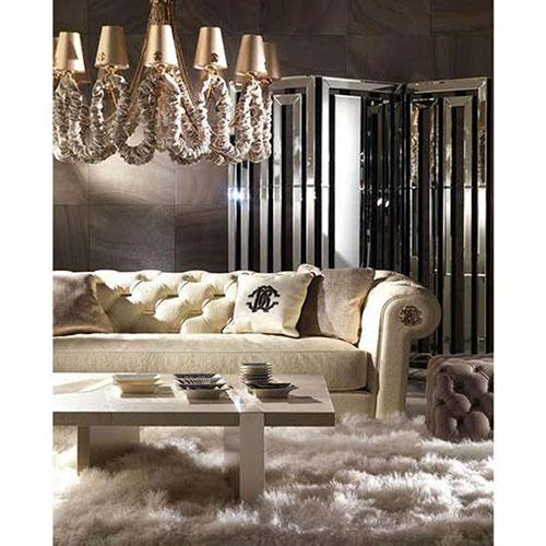 Диван Roberto Cavalli Home Deva с металлическим логотипом, фото