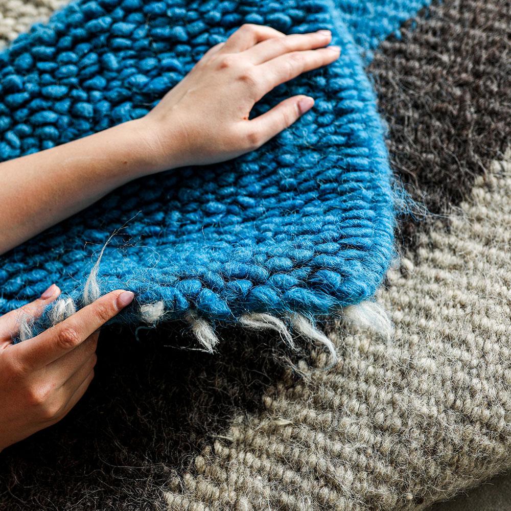 Шерстяной ковер Ґушка двухцветный 182х156см