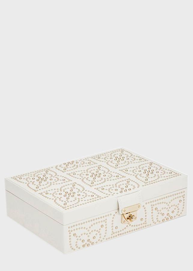 Шкатулка для хранения украшений Wolf 1834 Marrakesh белого цвета с узором из позолоченных заклепок