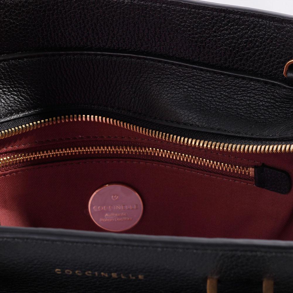 Деловая сумка Coccinelle из черной кожи