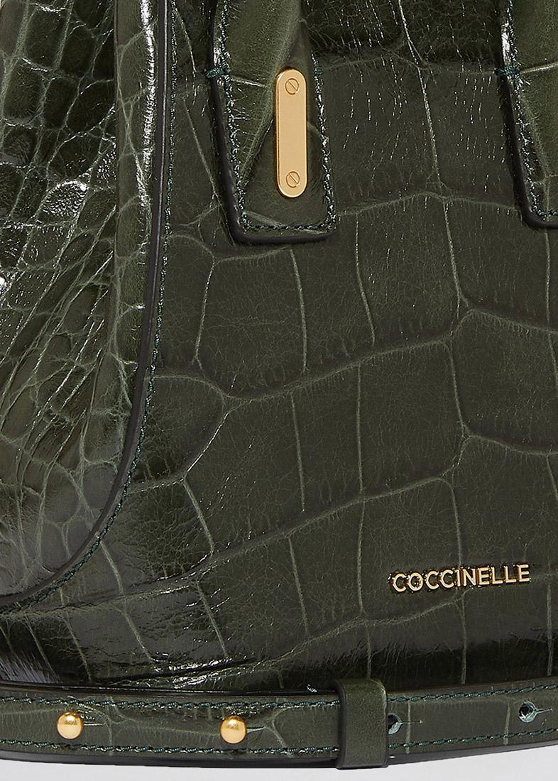 Сумка Coccinelle с тиснением зеленого цвета
