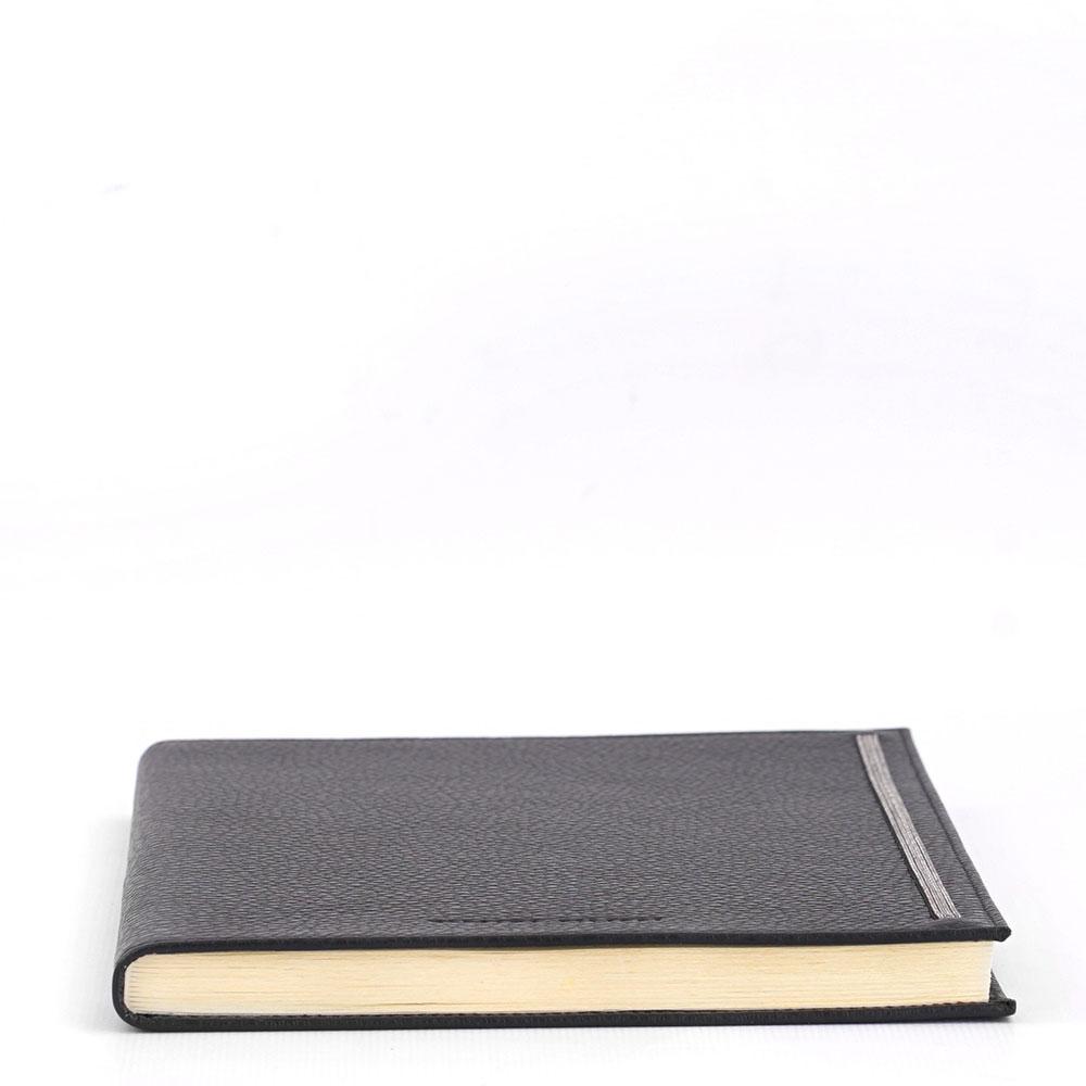 Блокнот Fabiana Filippi в обложке из черной кожи