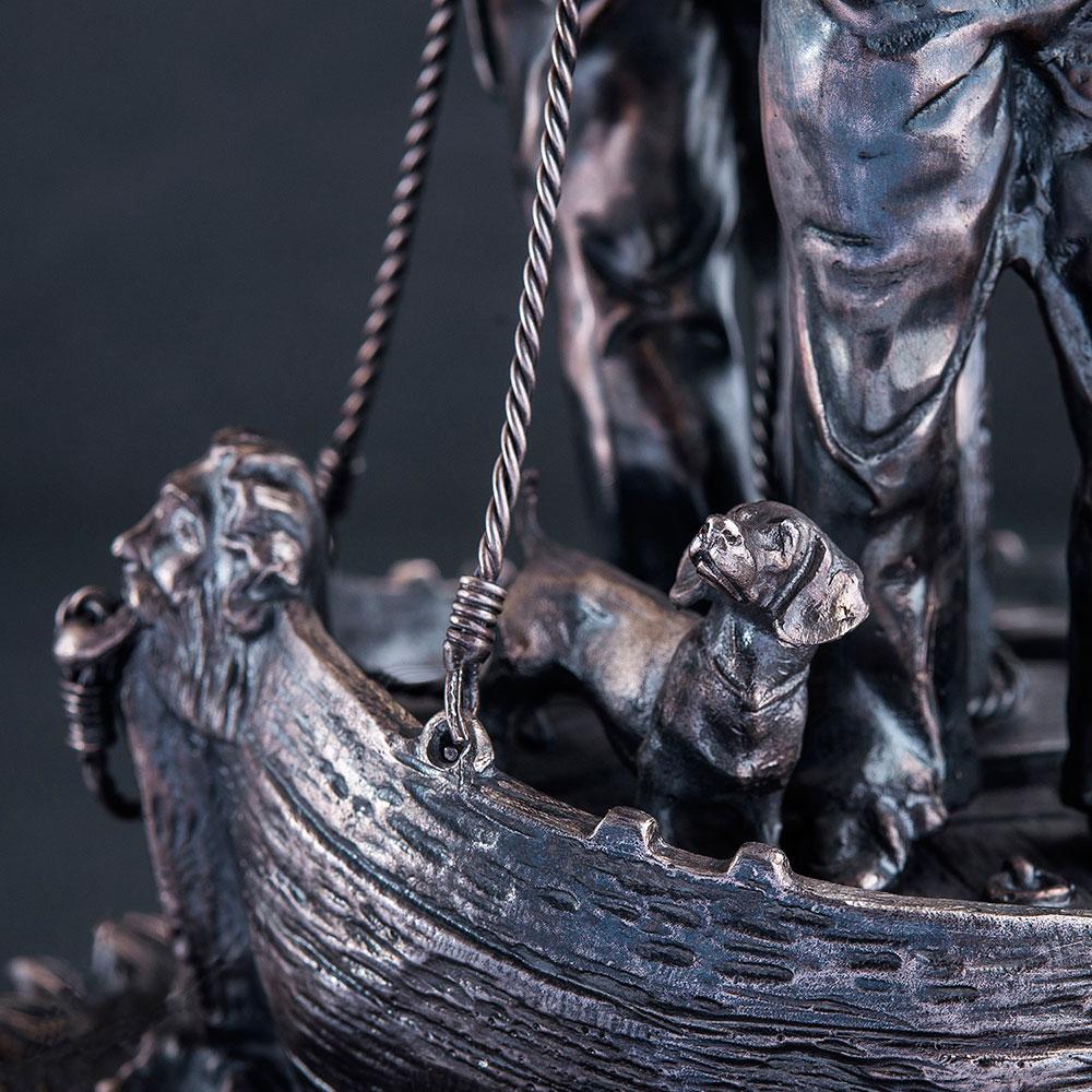 Серебряный подсвечник Оникс Моряки на корабле