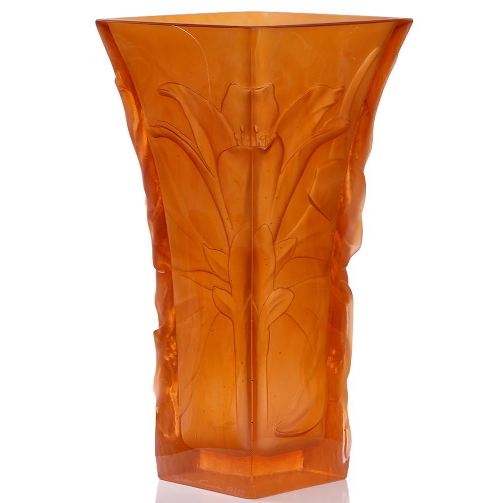 Ваза Daum Mandarine янтарного цвета