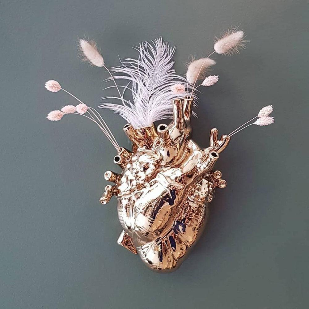 Ваза в форме сердца Seletti Love in Bloom золотистого цвета