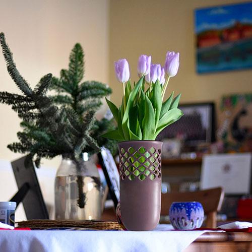 Керамическая ваза Ceramika Design Ajur фиолетового цвета, фото