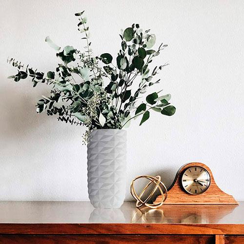 Ваза Ceramika Design Cristal в кристаллообразном дизайне белого цвета, фото