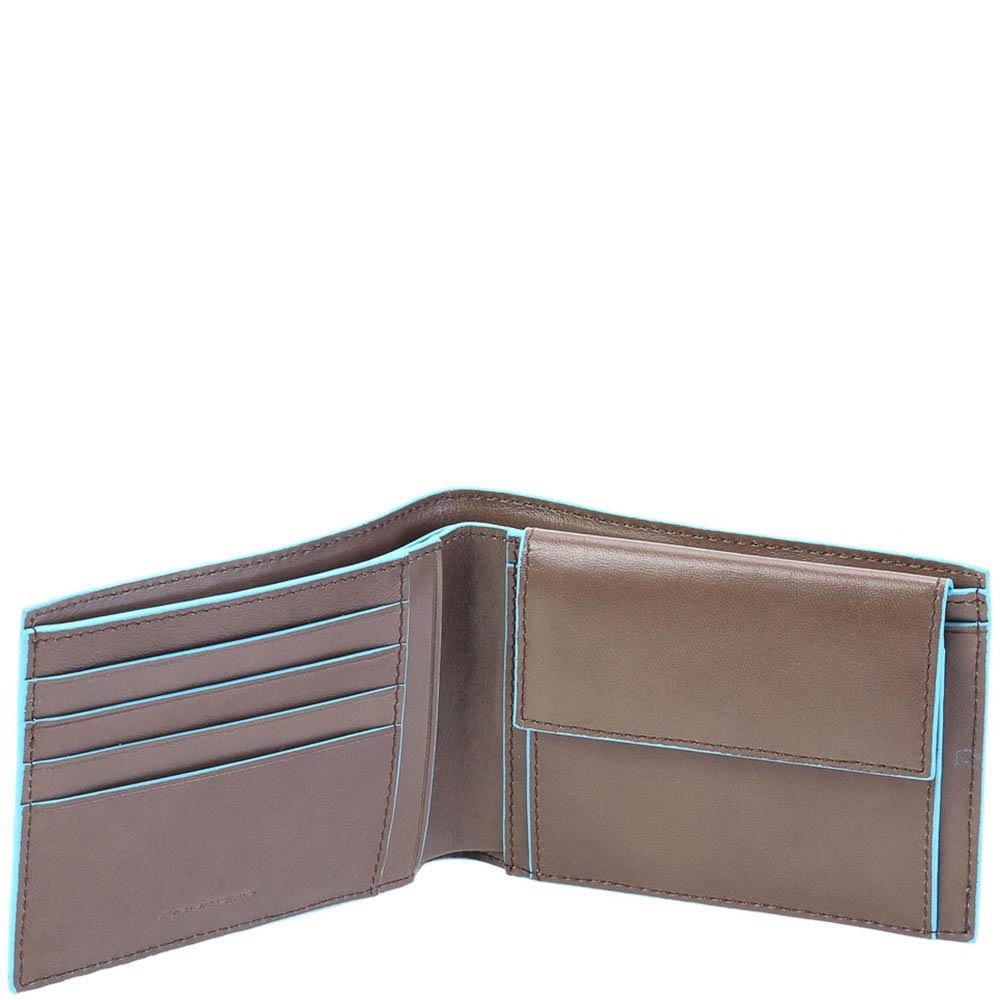 Бежевое портмоне Piquadro Blue Square с фирменной шильдой