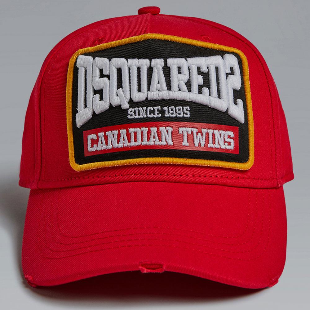 Красная кепка Dsquared2 с вышитыми надписями
