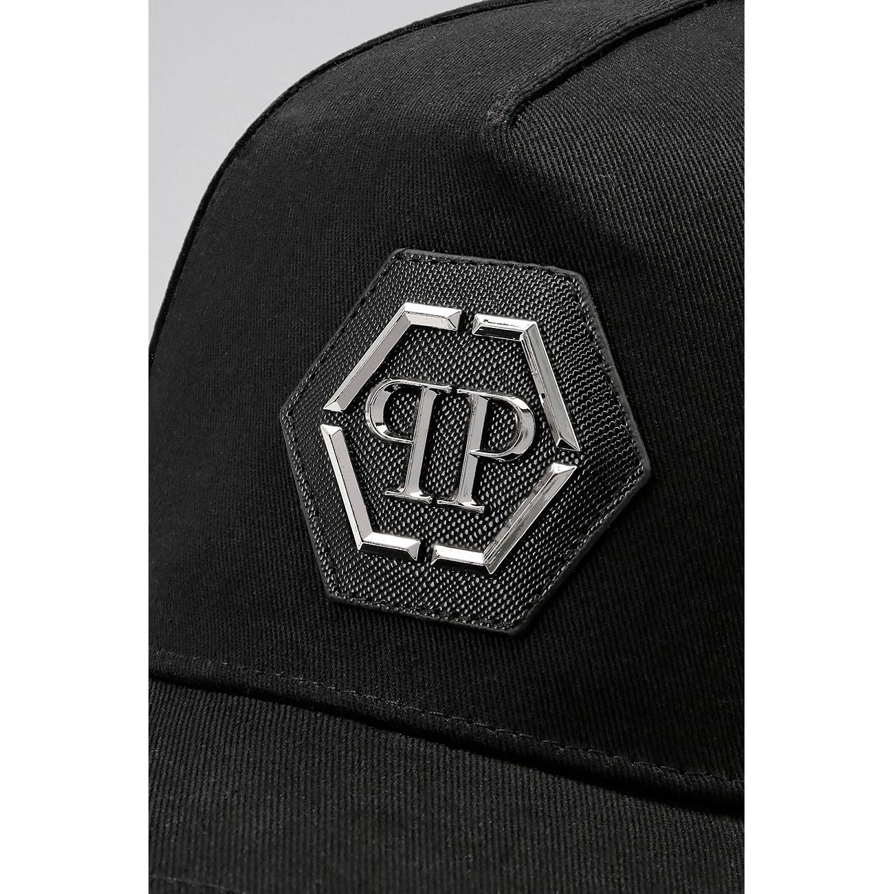 Черная кепка Philipp Plein с металлическим логотипом