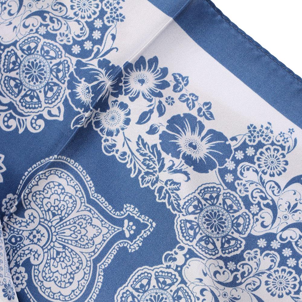 Шелковый платок Fattorseta с узором